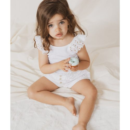 בנות עד גיל שנתיים