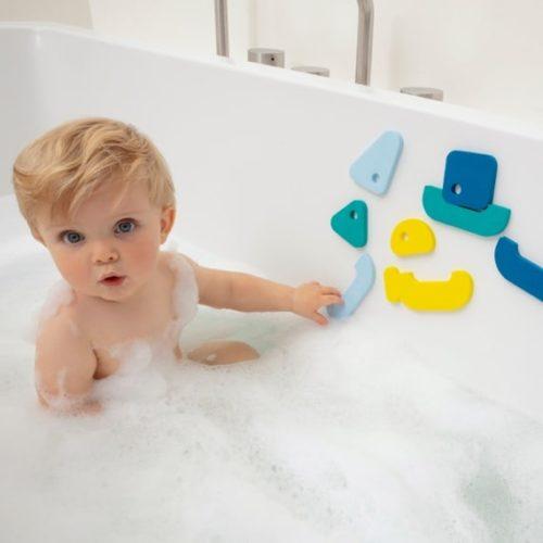 צעצועי אמבטיה וחול